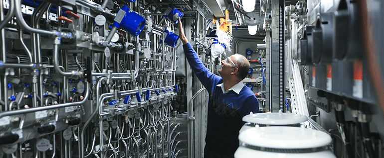 Manufacturing3-Page-Image
